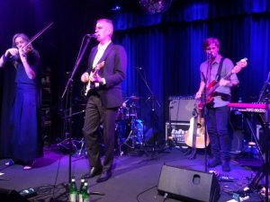 Robert Forster and most of his band